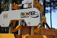Frontier OS23 Sawmill with 7½hp (250cc) Briggs & Stratton (recoil start) Engine (ships in 12-16 weeks)